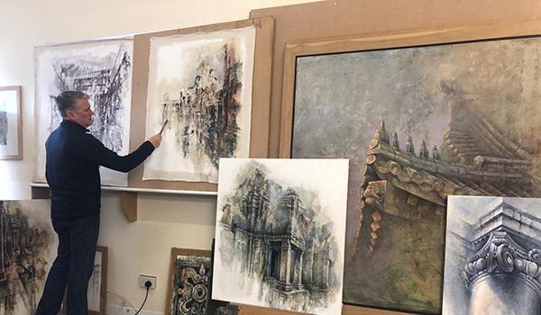 Ian Murphy in his studio